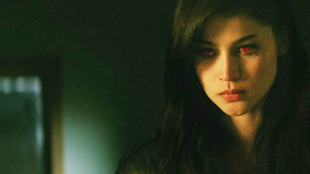 LIVE chat with Anne Curtis, star of Blood Ransom using #BloodRansomMovie Twitter Party!