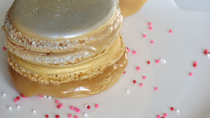 metallic gold and silver salted caramel macarons!