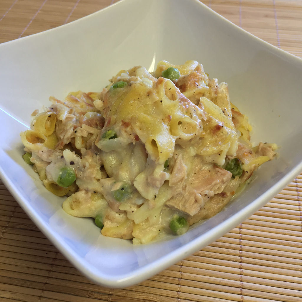 BEST TUNA NOODLE CASSEROLE RECIPE