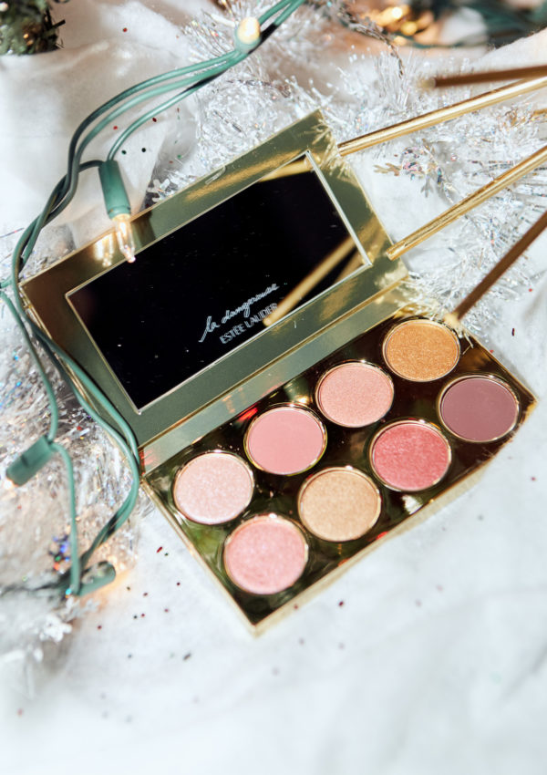 Amour Holiday Palette